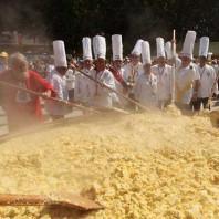 Festa dell'Omelette Gigante a Saint Aygulf
